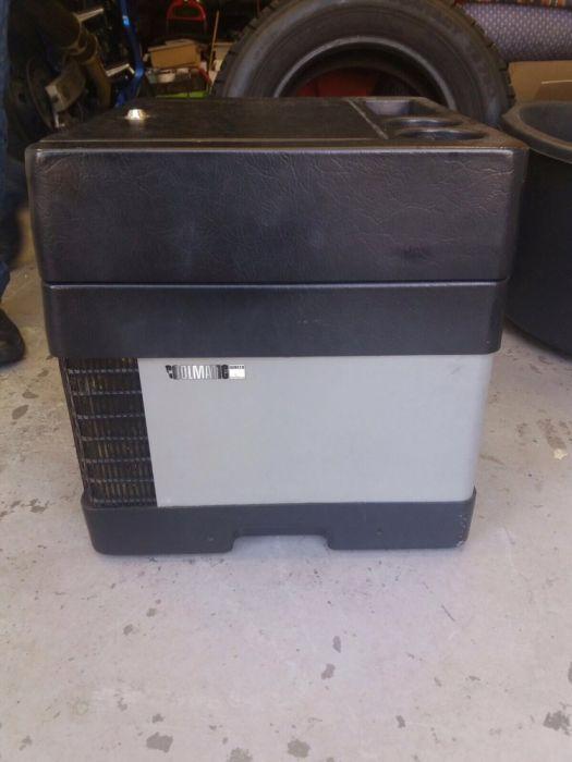 Frigider congelator auto,compresor freon ,lada frigorifica,12v si 24v