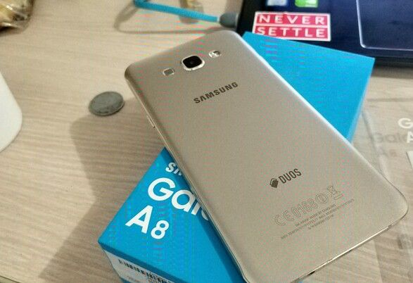 Samsung Galaxi A8 disponível