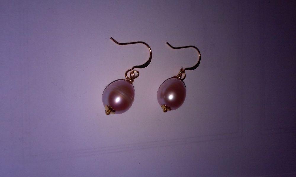 Cercei aurii cu perle artificiale