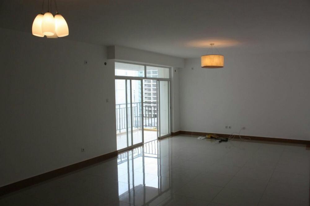 Aluga-se este apartamento no Zango 0 t4 11andar