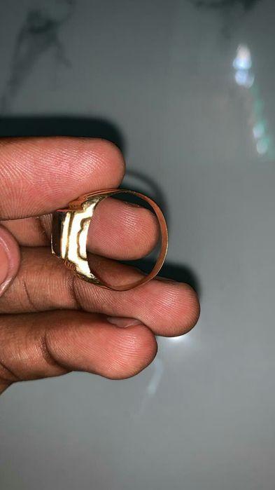 Anel de ouro português