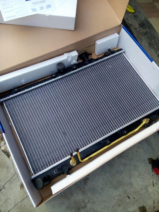 Радиатор основной Хендай Акцент 11 — Hyundai Accent11-(на механику)