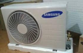 Ac de 18btu de marca Samsung novo há venda