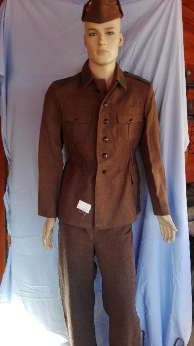 войнишка униформа