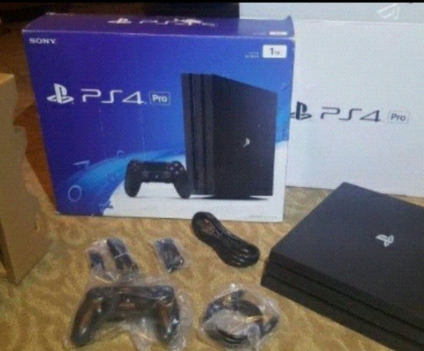 Playstation 4 Pro a venda