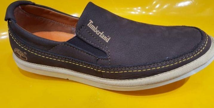 Sapatos casuais