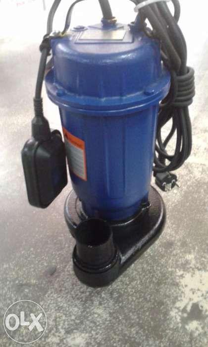 Pompa cu tocător EUROTEC și furtun de 2 țoli la prețul de 100 lei