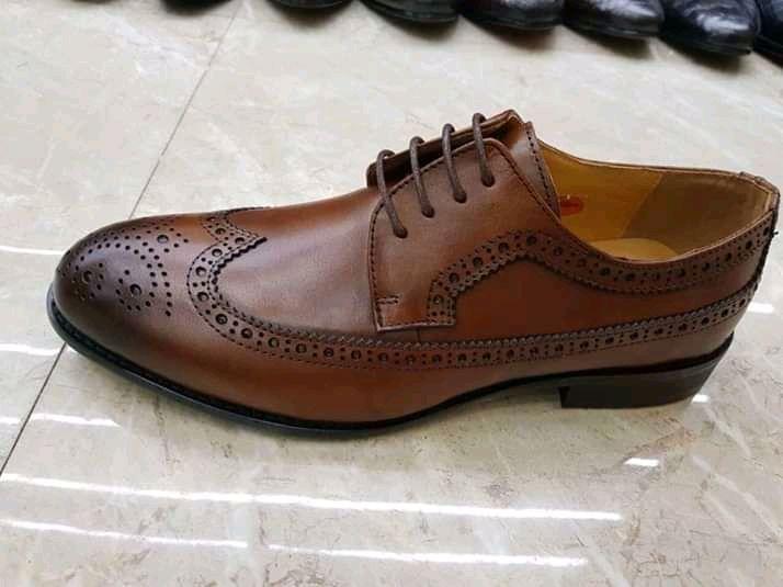 Sapatos da primeira qualidade.