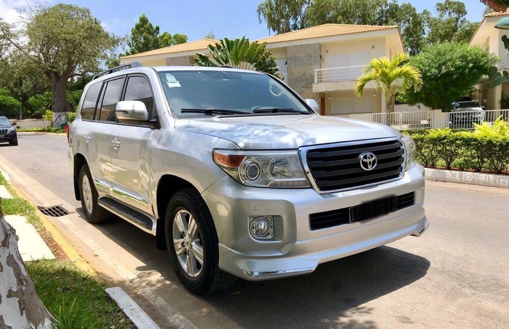 Toyota Land cruiser v8 diesel 16.500.000