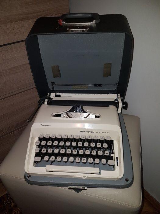 Masina de scris Remington
