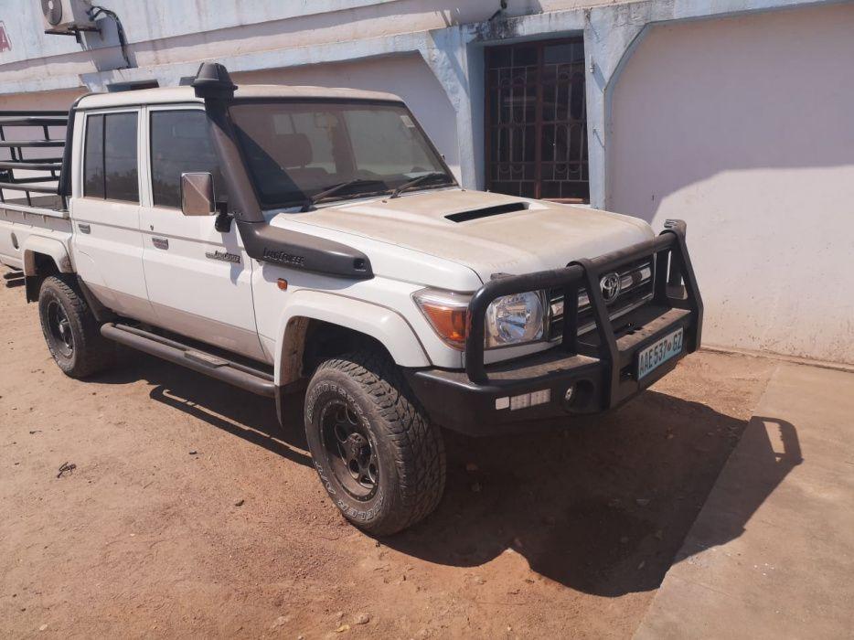 Toyota | Land Cruiser | 2014 | Manual | Diesel | 4×4 Cidade de Matola - imagem 1