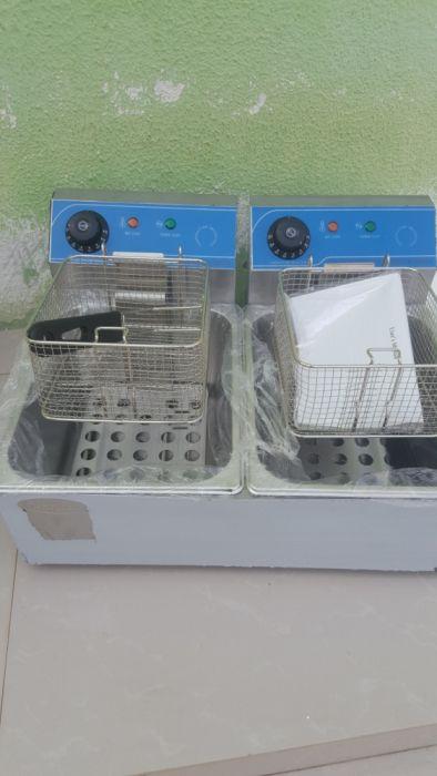 Vende Esta Fritadeira de Batata 10Litro Eleictrica novo na Caixa