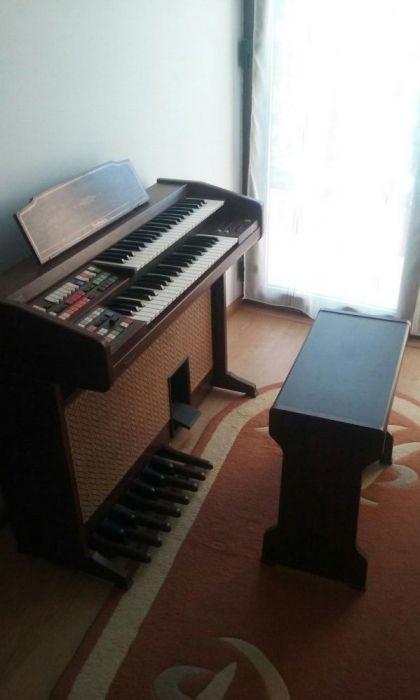 Orga Pian Pianina Technics PCM Sound E22L plus scaun