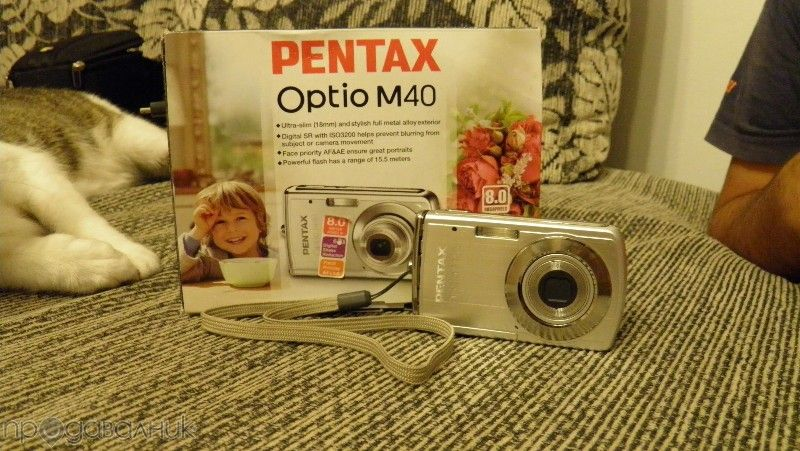 Фотоапарат PENTAX Optio M40 + подаръци