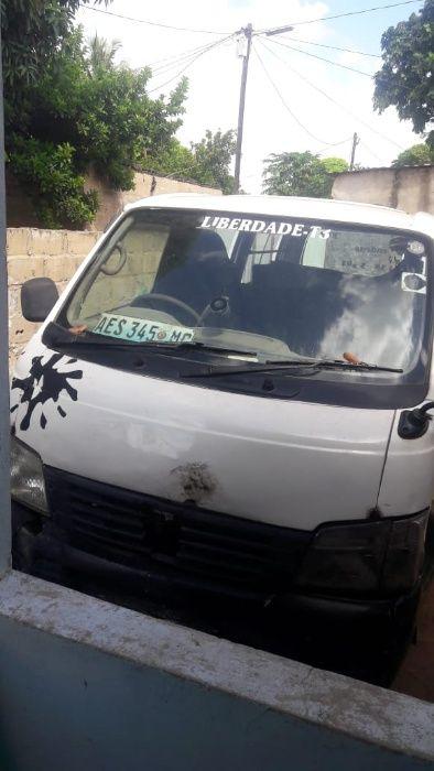 Vendo body de Nissan caravan