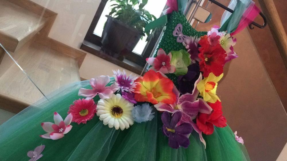 Rochita TUTU Printesa primaverii Zana Florilor Verii serbare carnaval