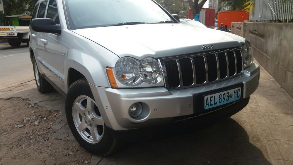 Jeep a diesel 3.0cc leather seats limpo