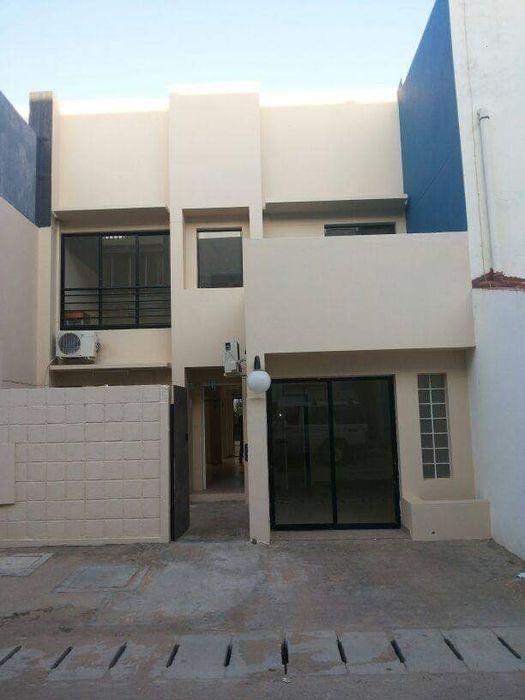 Moradia Duplex Tipo 4 Excelentissima no Condomínio Garden Sands Sommerschield - imagem 1