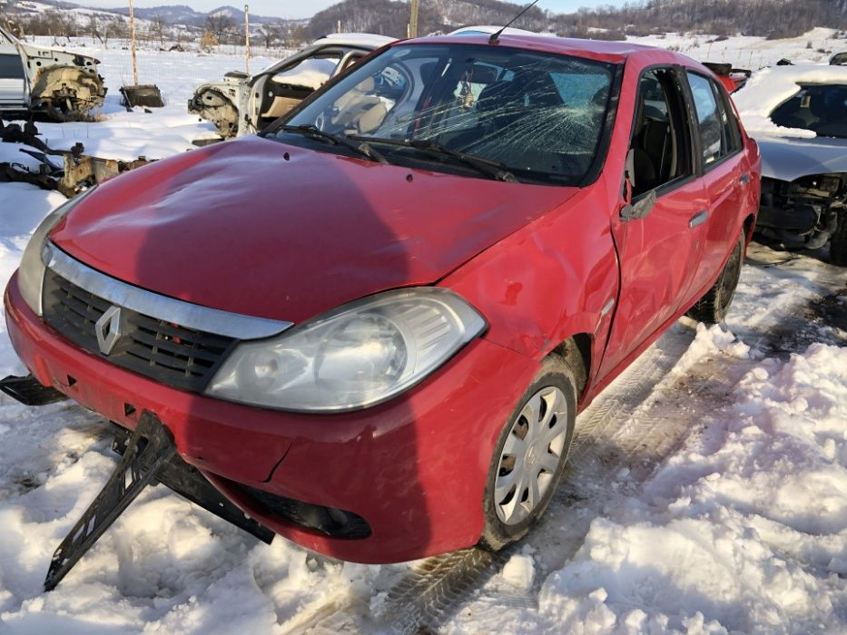 Dezmembrez Dezmembrari Piese Renault Symbol Thalia Clio 3 2009 diesel