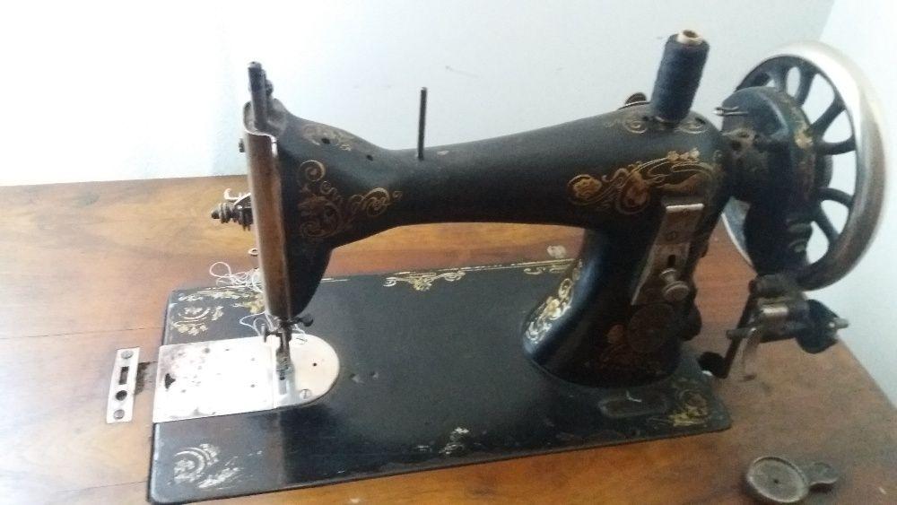 Masina de cusut Gritzner Durlach functionala fabricatie 1906