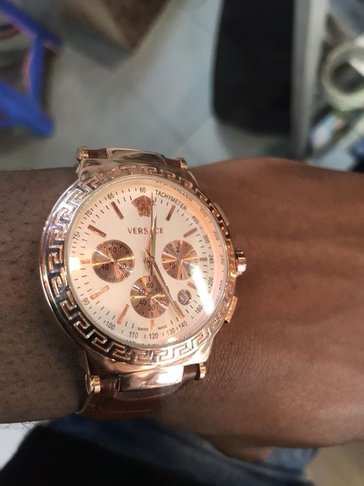 Relógio da Marca Versace duro