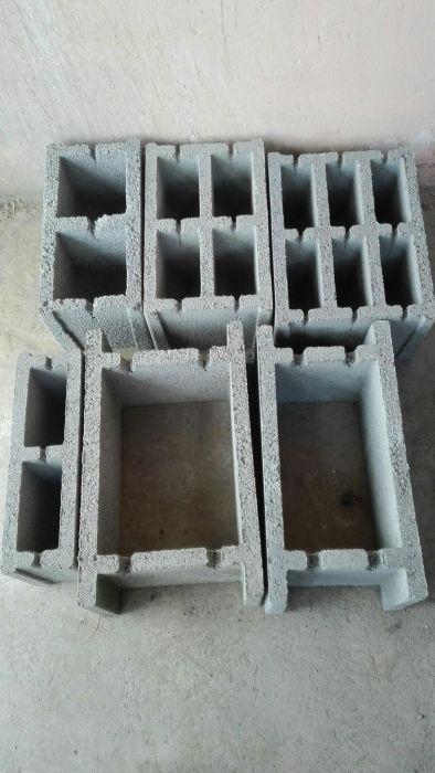 Vand boltari zidari si fundație si stalpi de gard din beton