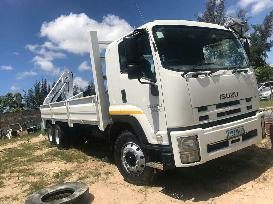 Comprado no agente camião novo Isuzu FVZ 1400 com grua de 12t e novo.