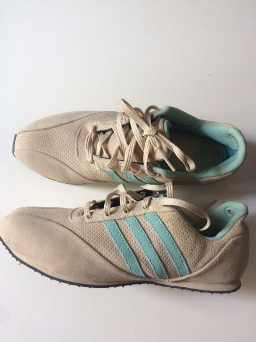 Adidasi dama Adidas Originals noi!