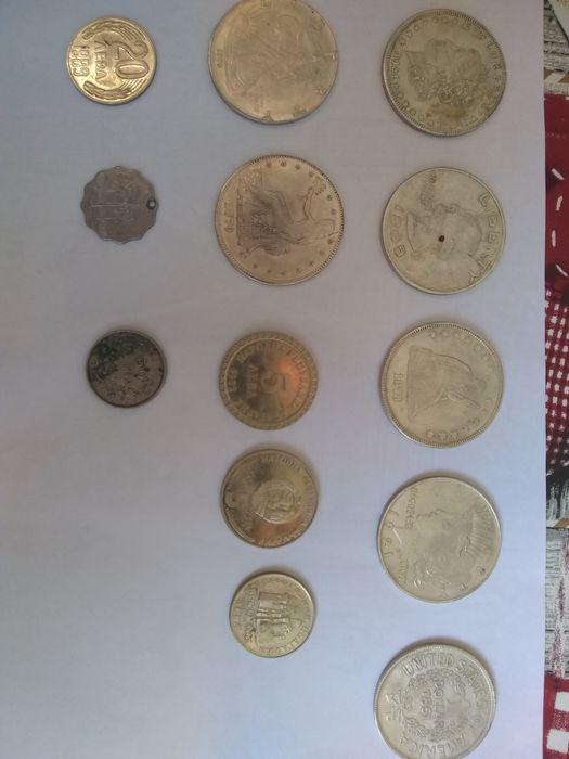 Американски и български монети