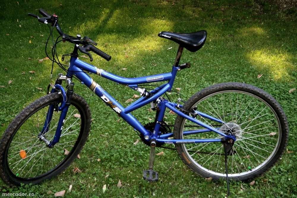 Vând bicicletă mtb DHS DIAMANT