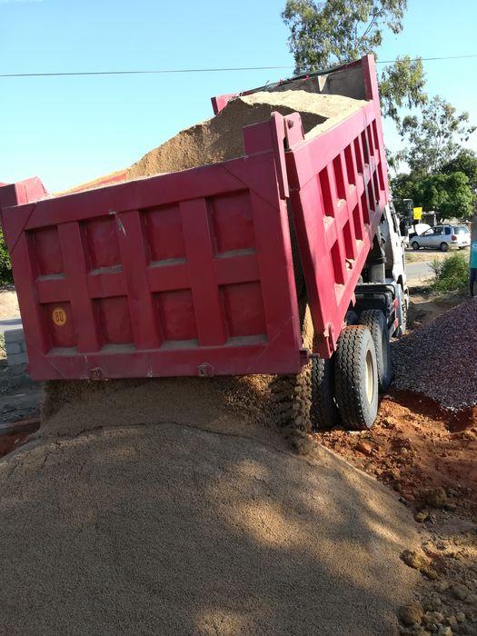Vendo pedra e areia para construção 24metros cúbicos Bairro do Jardim - imagem 5