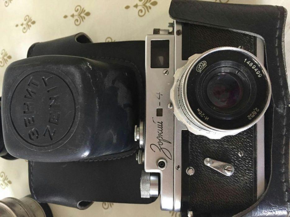 """Продам фотоаппараты """"Киев"""" , """"Зоркий-4"""" каждый по 15000 тг."""