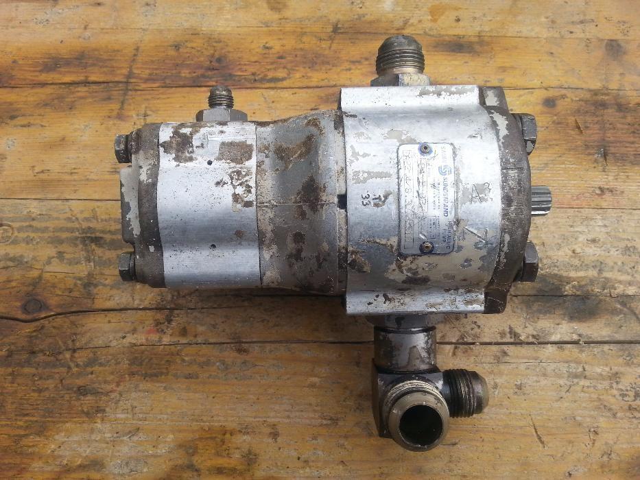 Pompa hidraulica Bobcat 553