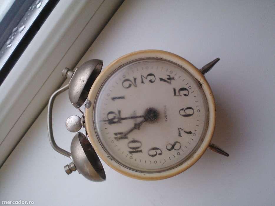 Ceas de masa, mecanic, rusesc