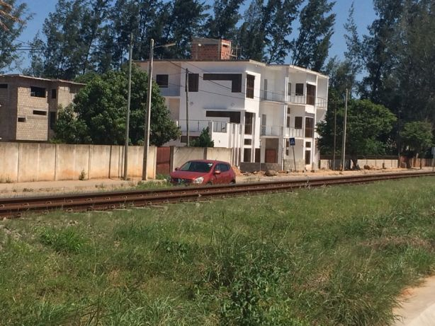 50/100 Mahotas Rua da Igreja. Maputo - imagem 3