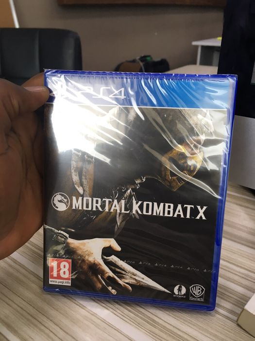 Vendo Mortal Kombat X ps4 novo