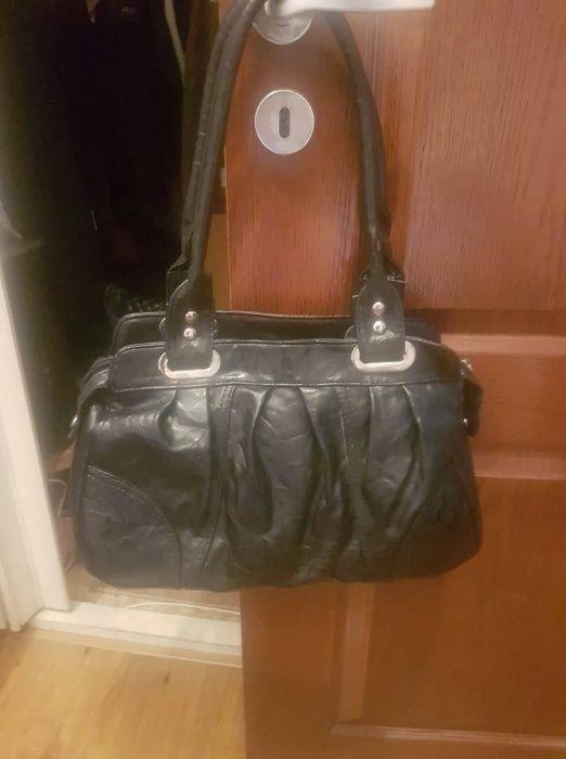 Чанти естествена и изкуствена кожа