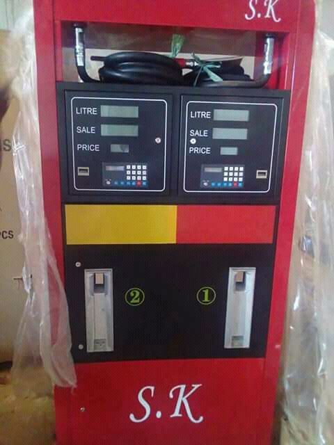 Vende-se esta máquina de Bomba de Combustivel