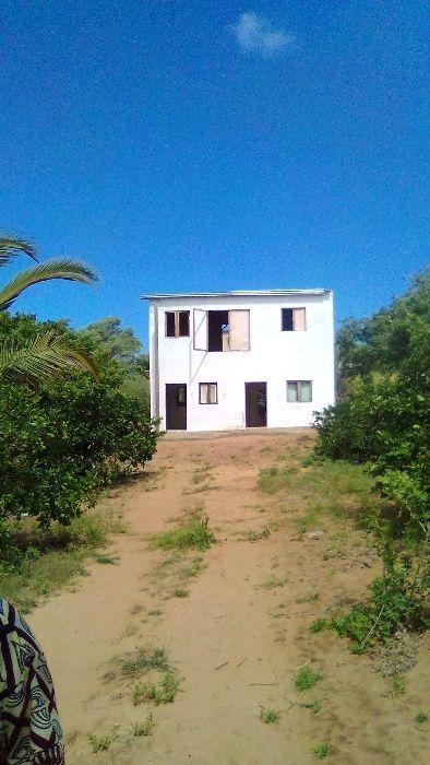 Vendo propriedade na praia de xidenguele