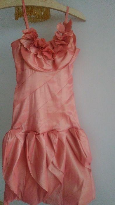 Намаление 32 лв! Официална бутикова детска рокля от тафта 6-7 год.