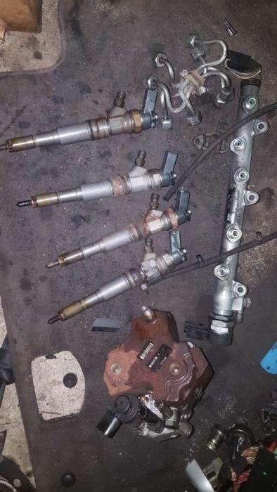Kit injectie bmw e90 122cp/injectoare/rampa injectoare/ pompa inalte
