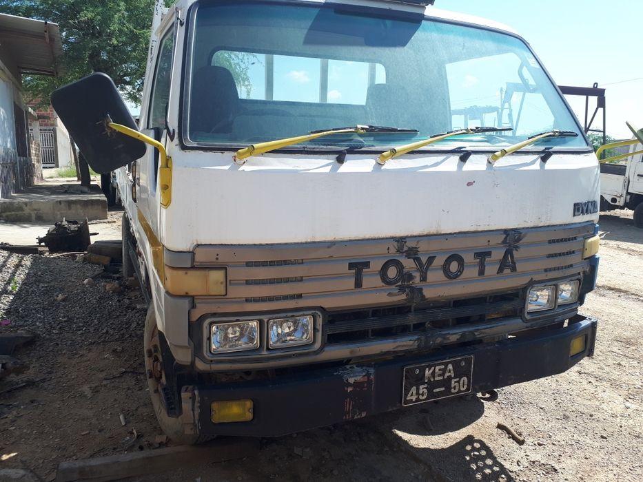Vendo carrinha Toyota Dyna
