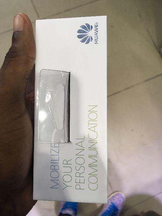 Model Huawei