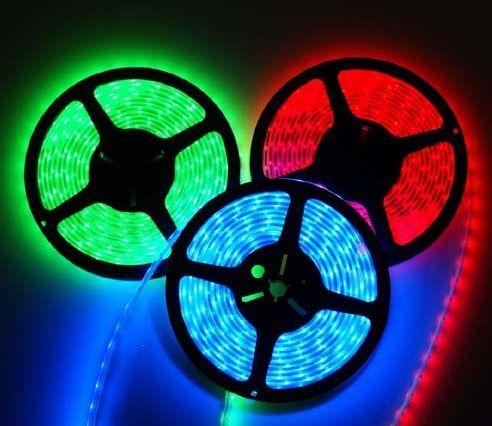 Kit banda led LEDURI SMD RGB 12V 5 metri 60 led/m telecomanda