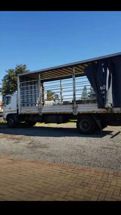 Camião Hino 500 a venda na Àfrica do sul a 350000 rands