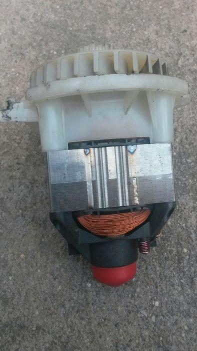 Motor pentru masina de tuns gazon(iarba) bosch rotak 32 ;arm 32
