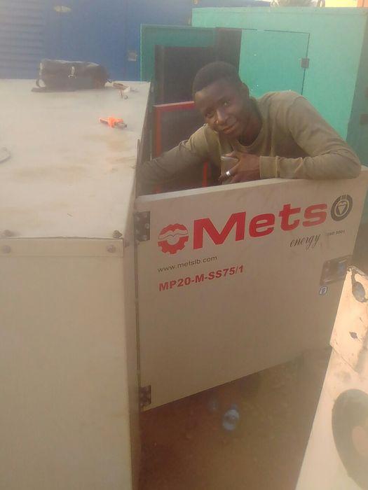 Técnico de geradores indústrial