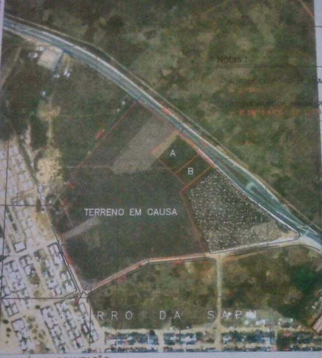 Vende-se terreno 7 hct junto o shopping ulengo estádio 11 de Novembro