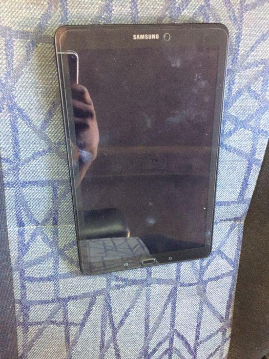 Samsung galaxy tablet E fora da caixa