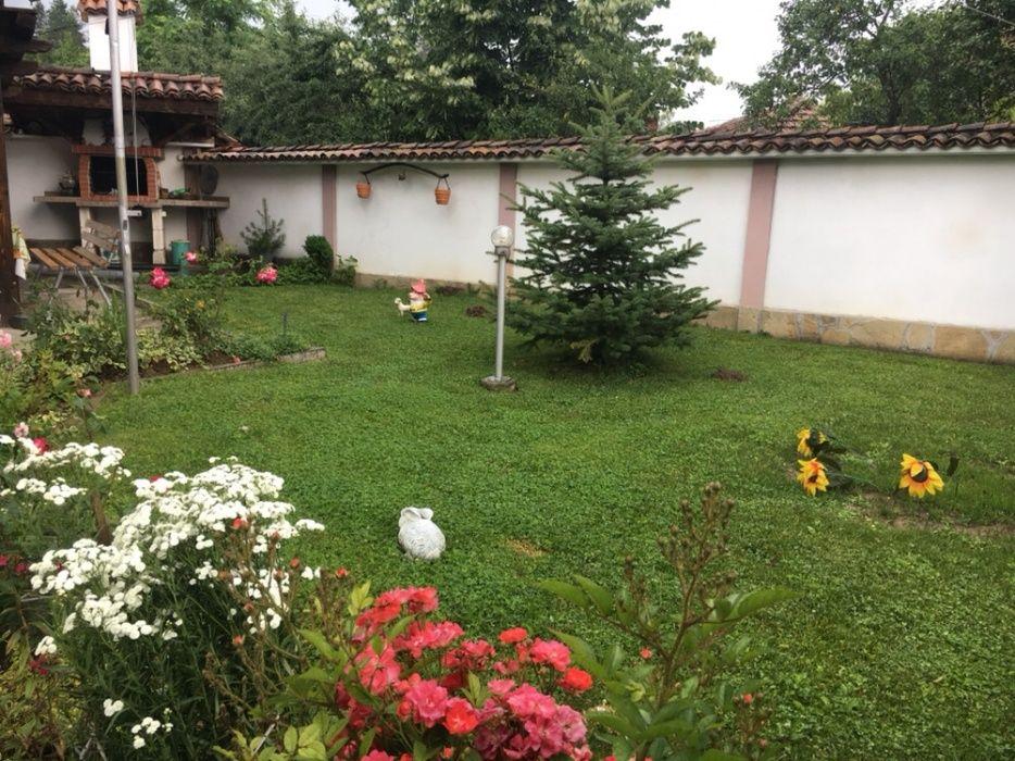 Почивка в Еленския балкан - Дядовата къща гр. Елена - image 4